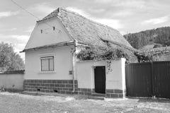 mieści chłopa Typowy wiejski krajobraz w Bradeni, Henndorf, Hegendorf, Transylvania, Rumunia Obrazy Royalty Free
