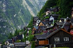Mieści zbocze w Hallstatt w Austria Zdjęcie Stock