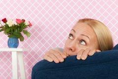Miedo en la silla foto de archivo libre de regalías