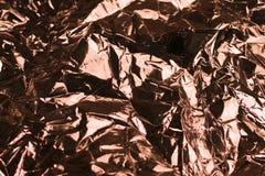 Miedziana błyszcząca crinkled zmięta metal folii tekstura zdjęcie royalty free