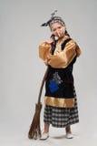 Miedzianowłosa dziewczyna w czarownica kostiumu Fotografia Stock