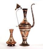 miedziany język arabski dzbanek ornamentuje tradycyjnego Fotografia Royalty Free