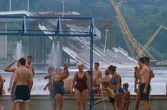 Miejscowi w pływackich kostiumach, Danube rzeka, Serbia Obraz Stock