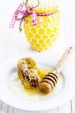 Miel con los panales Imagen de archivo libre de regalías