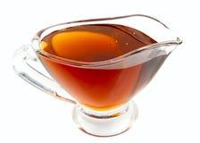 Miel de la lavanda en barco de salsa Imagen de archivo