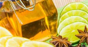 Miel en el tarro Fotografía de archivo libre de regalías