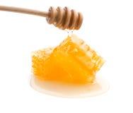Miel fresca con el panal Imagenes de archivo