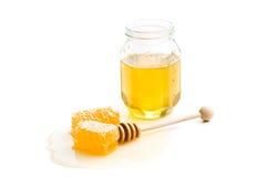 Miel fresca con el panal Fotos de archivo libres de regalías