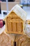 Miel fresca en el marco sellado del peine Imágenes de archivo libres de regalías