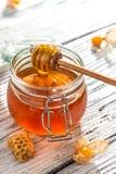 Miel orgánica fresca Imagen de archivo