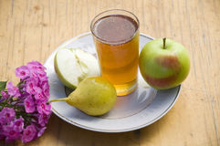 Miel, pomme, poire Image stock