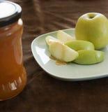 Miel y manzana Imagen de archivo libre de regalías