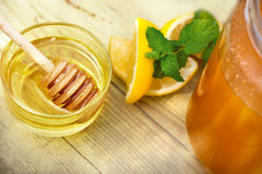 Miele come alimento sano e curativo Immagini Stock Libere da Diritti