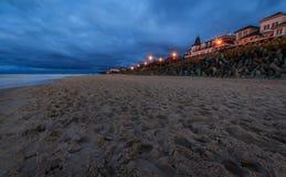 Mielno海滩在晚上 免版税图库摄影