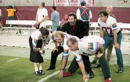 Miembros de los maniacos de la banda 10.000 en el Sun Devil Stadium Imagenes de archivo