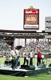 Miembros de los maniacos de la banda 10.000 en el Sun Devil Stadium Foto de archivo libre de regalías