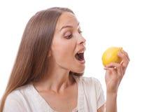mienie cytryny kobiety potomstwa zdjęcia stock