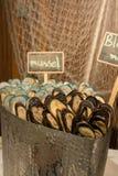 Miesmuschelmeeresfrüchte auf Eis für Buffet lizenzfreie stockfotografie