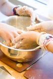 Mieszać ciasto Obrazy Royalty Free
