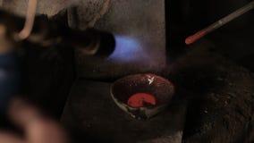 Mieszać stopiony metal zdjęcie wideo