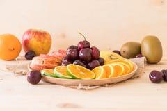 mieszana pokrojona owoc Zdjęcie Stock