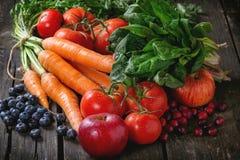 Mieszanka owoc, warzywa i jagody, Zdjęcia Stock
