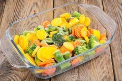 Mieszanka zamarznięci warzywa w szkle Fotografia Royalty Free