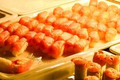 Mieszany Azjatycki jedzenie przy restauracyjnym buffé obraz royalty free