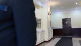 Mieszkania Concierge: Obsługuje na skrzynki pocztowa tle zbiory wideo