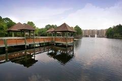 Mieszkania własnościowe i mieszkania wodą Obrazy Stock