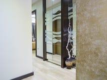 Mieszkania wejścia waredrobe Zdjęcie Stock