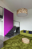 Mieszkanie meblujący, żyjący izbowego widok Obrazy Royalty Free