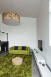 Mieszkanie meblujący, żyjący izbowego widok Fotografia Stock