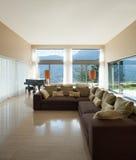 Mieszkanie meblujący, żyjący pokój obrazy stock