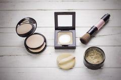 Mieszkanie nieatutowy kosmetyki ustawiający dla uzupełniał Obraz Royalty Free