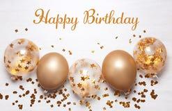 Mieszkanie nieatutowy skład z modnymi balonami i powitania wszystkiego najlepszego z okazji urodzin fotografia royalty free