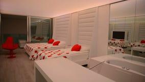 Mieszkanie nowożytny luksusowy hotel z odmienianie iluminacją zdjęcie wideo