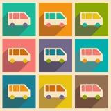 Mieszkanie z cień ikoną i wiszącej ozdoby applacation autobusem ilustracja wektor