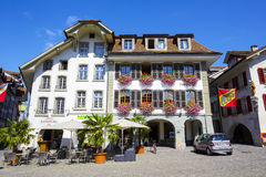 Mieszkaniowy dom i reklama budynek w Thun Obrazy Royalty Free