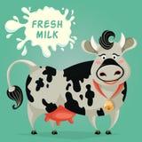 Śmieszny krowy i mleka pluśnięcie tła postać z kreskówki zuchwałych ślicznych psów szczęśliwa głowa odizolowywał uśmiechu biel Zdjęcie Stock