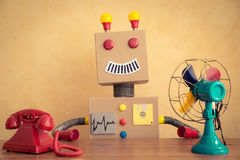 Śmieszny zabawkarski robot Zdjęcia Stock