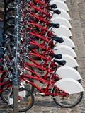 Mieten Sie ein Fahrrad Stockbild