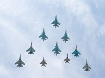 10 mig-29 en de vliegende piramide van Sukhoi Royalty-vrije Stock Afbeelding