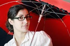Mig M Sure under paraplyet arkivfoto