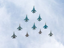 MiG--29 och Sukhoi flygromb Fotografering för Bildbyråer