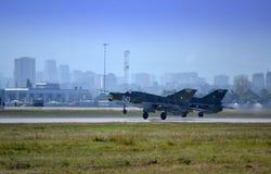 Mig-21 wojowników sprzężony lądowanie obraz royalty free