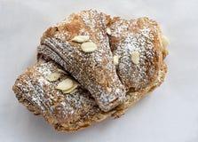 Migdałowy croissant Fotografia Royalty Free