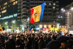 Migliaia di protesta della gente a Bucarest Fotografie Stock