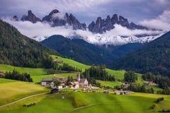 Migliore posto alpino famoso del mondo, Santa Maddalena (st Magda Fotografia Stock Libera da Diritti