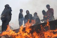 Migrants à Belgrade pendant l'hiver Image libre de droits